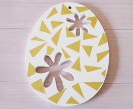 petit oeuf bois ajouré fleurs à customiser, déco peinture, masking tape or triangle
