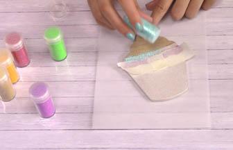 customisation cupcake bois à customiser, paillettes bleu