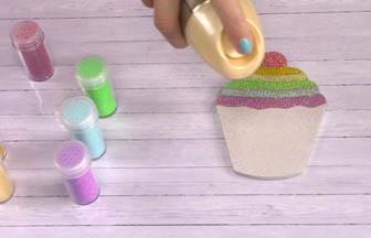 cupcake à customiser bois cerise, laque cheveux fixer paillettes