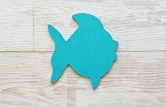 forme bois poisson à customiser, peinture bleu turquoise