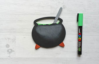 chaudron bois à customiser, peinture, posca vert, diy Halloween