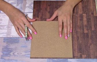 carré moyen en bois à customiser, découpe papier parquet marron foncé