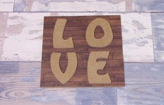 lettres en bois majuscules à customiser love