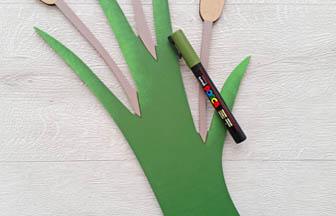 roseau en bois à customiser déco posca kaki tiges