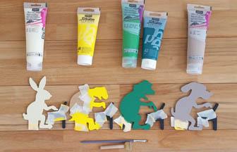 formes à customiser en bois, animaux ordinateurs, peinture pébéo colorés
