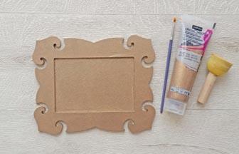 cadre baroque photo à customiser en bois, peinture pébéo marron clair