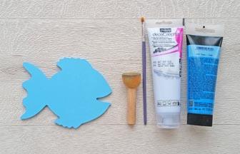poisson en bois à customiser, peinture bleu pastel pébéo, déco mer