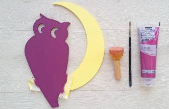 chouette lune en bois, déco diy chouette peinture violet