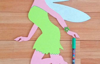 fée en bois clochette chignon à customiser, déco posca vert robe