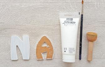 lettres en bois à customiser, prénom fille déco peinture blanc