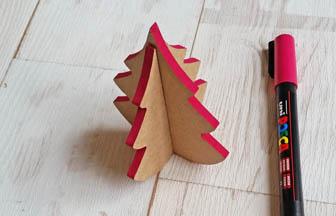petit sapin 3d en bois à customiser, déco tranches rose posca