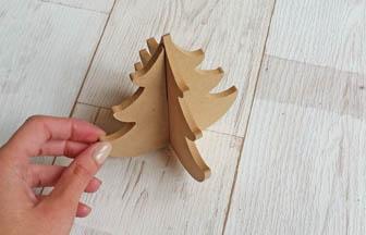 sapin petite taille 3d en bois arabesque à customiser et à poser