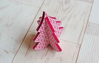 très beau petit sapin 3d en bois, déco diy papier géométrique