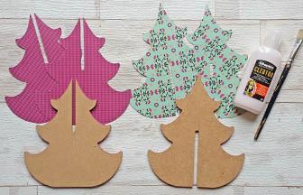 sapin 3d arabesque moyen bois à customiser, coller découpe papier vert et rose