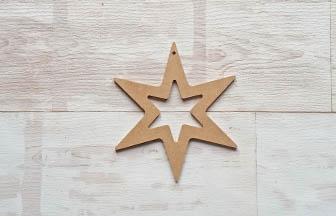 étoile percé 6 branches en bois à customiser