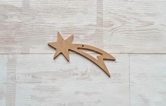 petite étoile filante percé à customiser en bois