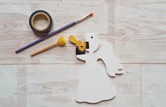 petit ange trompette à décorer en bois, peinture or trompette