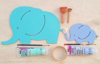 support famille éléphants à décorer avec 2 peintures bleu