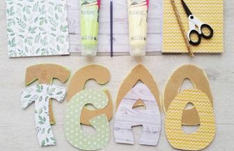 lettres en bois à décorer, customisation avec du papier