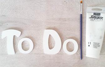 lettres en bois à décorer peinture blanc pébéo