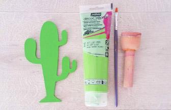 petit cactus en bois à customiser peinture vert