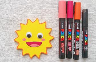 petit soleil en bois à customiser, détails déco posca coloré