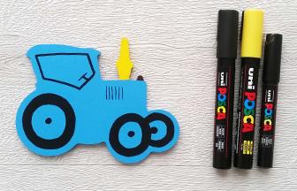 tracteur en bois déco diy posca noir et jaune