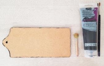 peindre les tranches en noir de la planchette sans manche bois